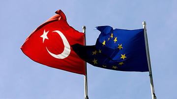 Immigrazione: Tusk convoca vertice UE-Turchia
